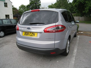 FORD S-MAX (UK).jpg