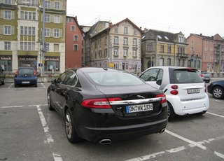 Jaguar XF 3.0D (Germany).jpg